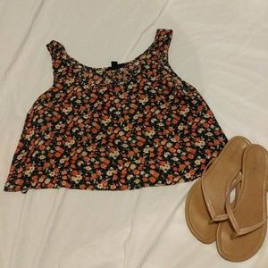 ✨Floral Cropped Top✨